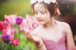 LIFESTYLE / Reportage photo petite princesse en extérieur / Séance Photo fleurie