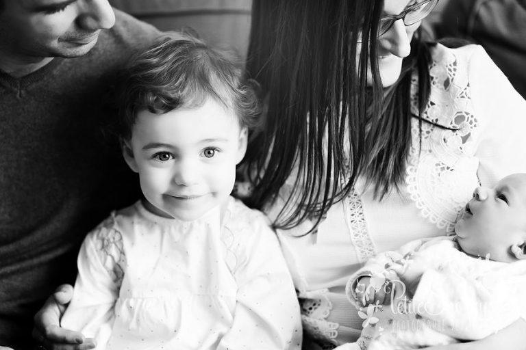 Reportage lifestyle, nouveau-né à domicile, reportage de vie, Naissance, bébé à domicile, Famille Lifestyle, photographe Liège, reportage photo famille, naissance, maternité, Petite Snorkys, Liège